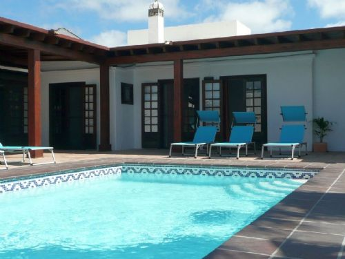 2 villas in Los Mojones with private pool for sale