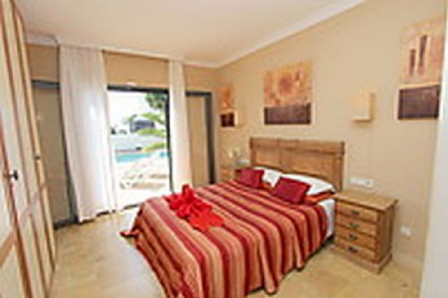 2 bedroom villa in Faro Park in Playa Blanca