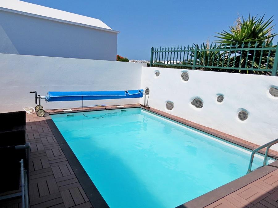 Private 3 bedroom villa with pool in the upmarket Las Coloradas area of Playa Blanca