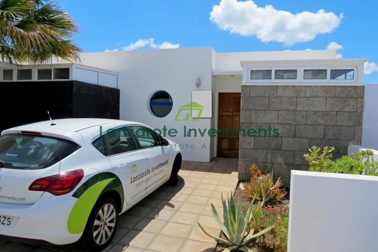 EXCLUSIVE ! 2 Bedroom Bungalow with Sea Views For Sale in Playa Blanca