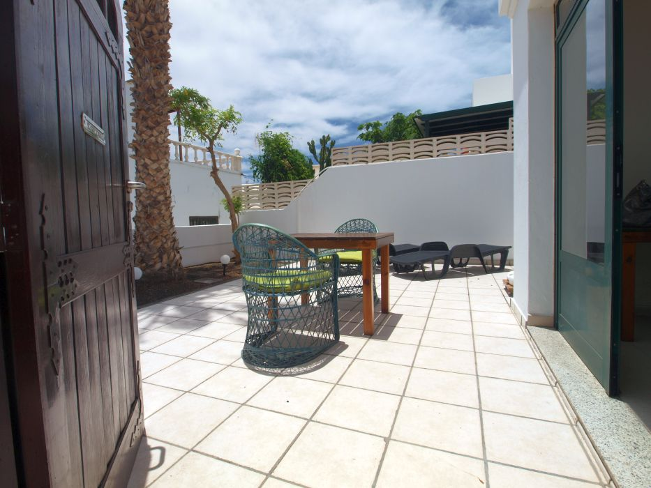 2 Bedroom apartment conveniently located with sea views in Puerto del Carmen, for sale