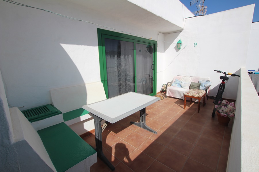 2 Bedroom apartment only five minutes from the main Avenida in Puerto del Carmen