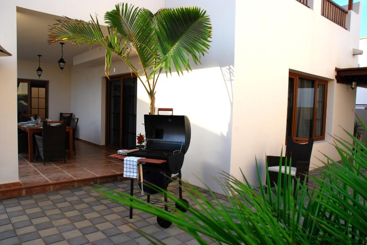 Lovely detached villa with private pool in Costa Teguise