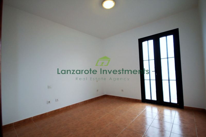 2 Bedroom apartment in central area of Playa Honda
