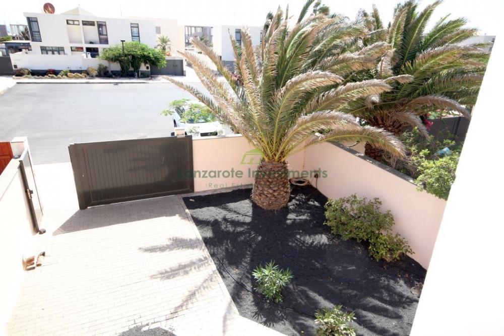 3 Bedroom Semi-Detached Villa in Costa Teguise