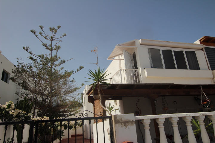 2 bedroom apartment with separate 25m2 annex for sale in Puerto del Carmen