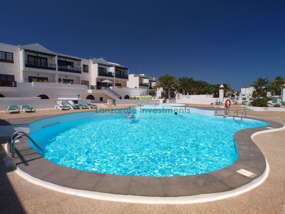 Two bedroom upper floor apartment for sale in Puerto del Carmen