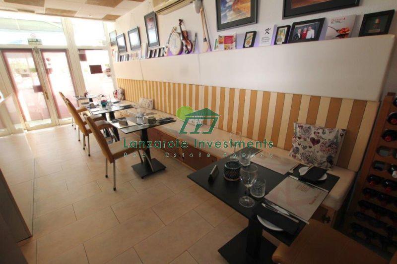 Hugely Successful Restaurant/ Bar in old town Harbour area of Puerto del Carmen