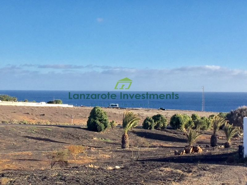 A Plot of land for sale in Puerto Calero