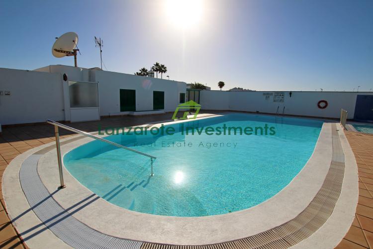 Top floor 1 Bedroom Apartment For Sale in Puerto del Carmen