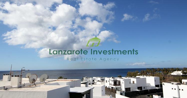 1 Bedroom Apartment With Sea Views in Costa Teguise