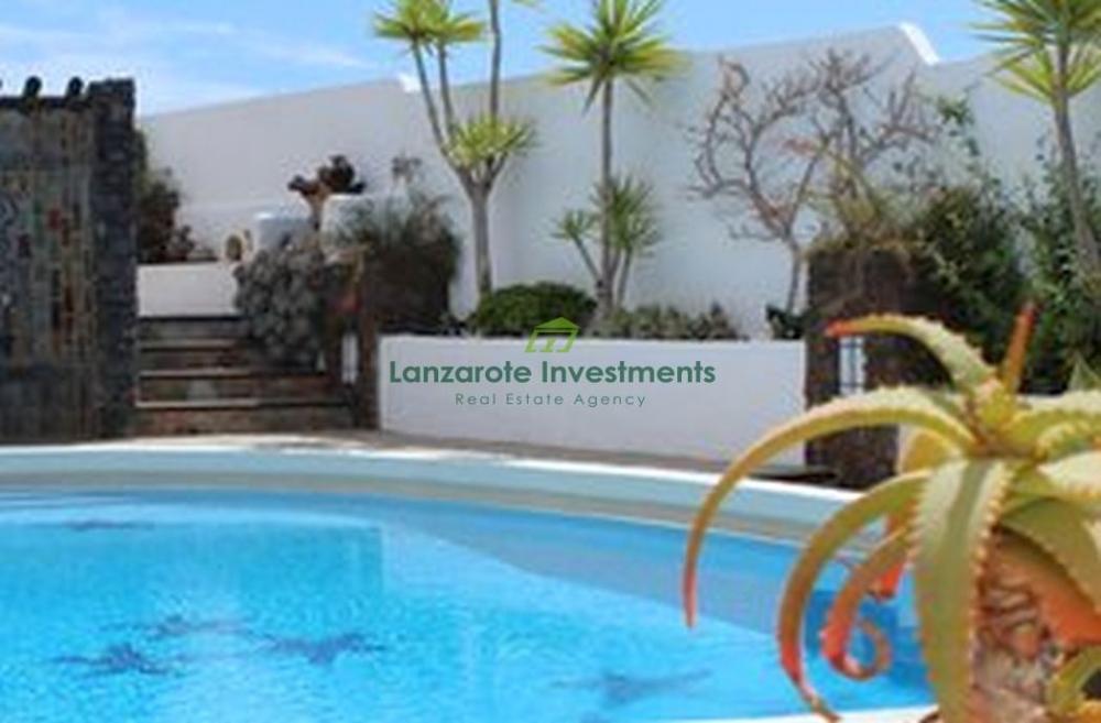 Luxury Canarian Style villa with uninterruped sea views, Los Mojones for sale