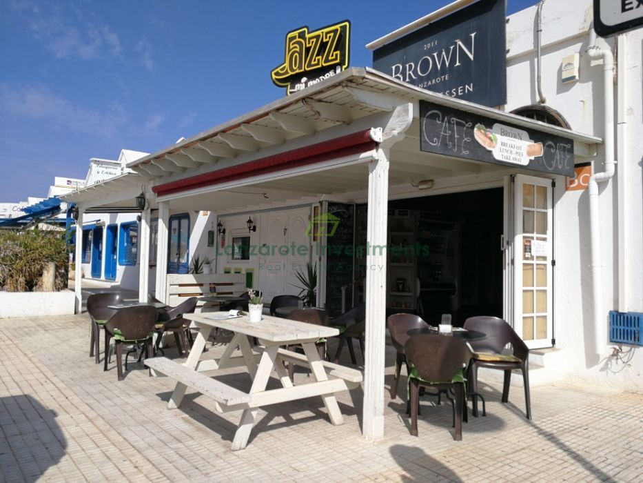 Fully Equipped Commercial Premises in Costa Teguise