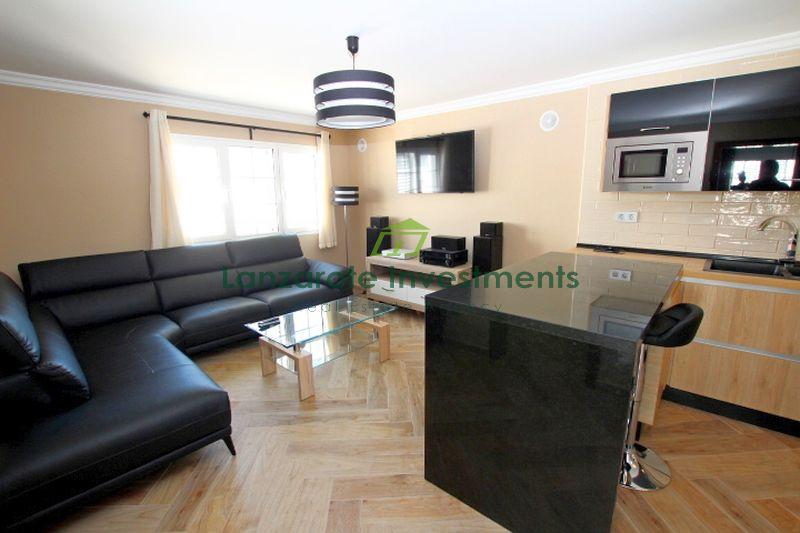 2 Bedroom apartment conveniently located in Puerto del Carmen