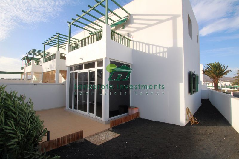 Beautifully Presented Two Bedroom Apartment in Los Pocillos