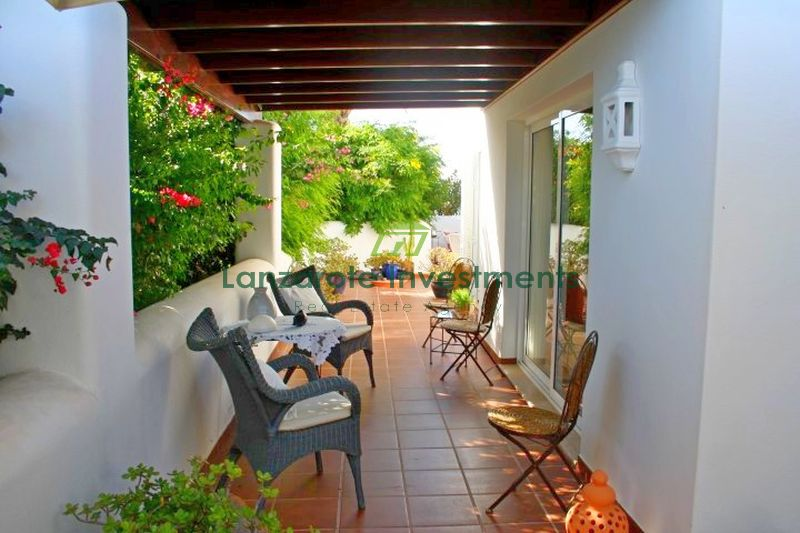 High quality bungalow with a separate apartment in Playa Blanca