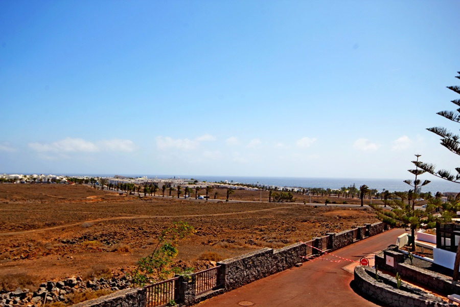 Fantastic 3 bedroom 2 bathroom terraced house with amazing sea views in Costa Teguise