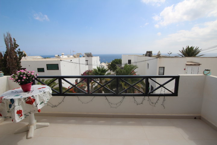 Immaculate 1 bedroom apartment with sea views for sale in Puerto del Carmen