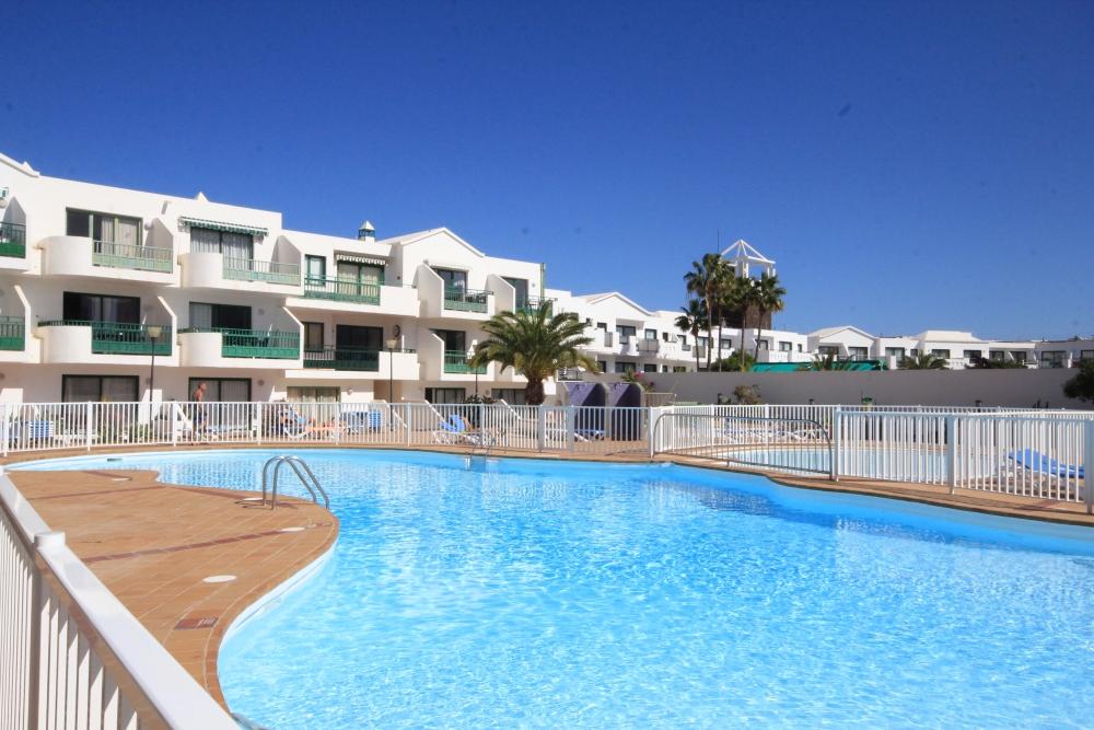 Ground floor apartment close to Las Cucharas beach in Costa Teguise