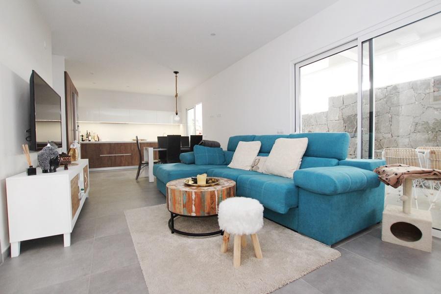 Stunning 3 bedroom 3 bathroom duplex for sale in Tias