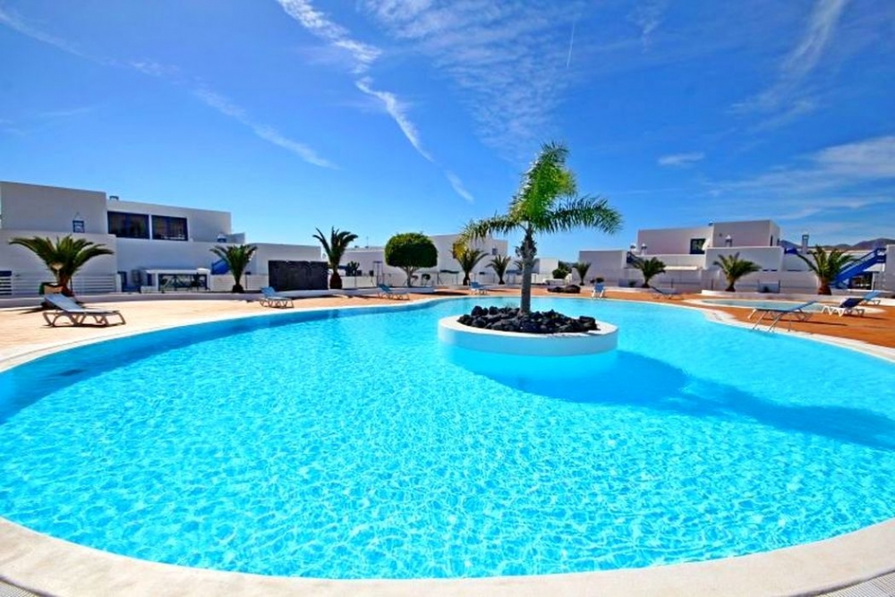 A well appointed two bedroom house in Puerto Calero, for sale