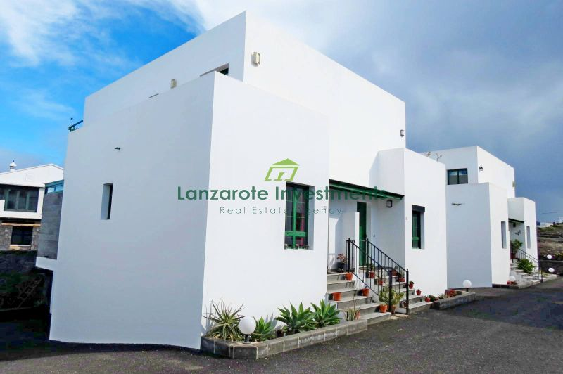 Large 3 bedroom property for sale in Yaiza