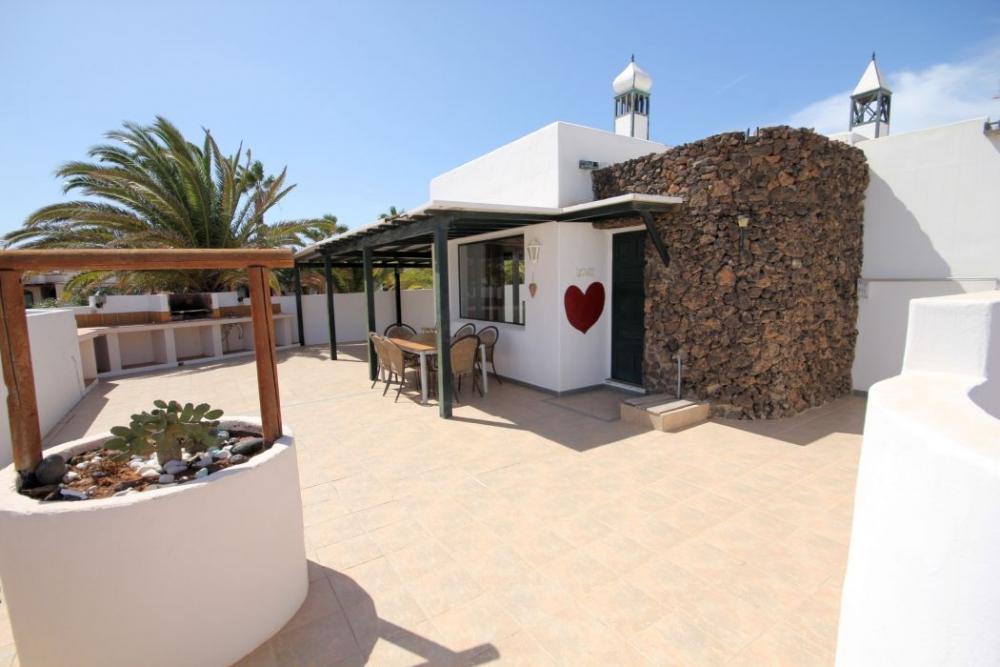 3 Bedroom 2 Bathroom Detached Villa in Costa Teguise