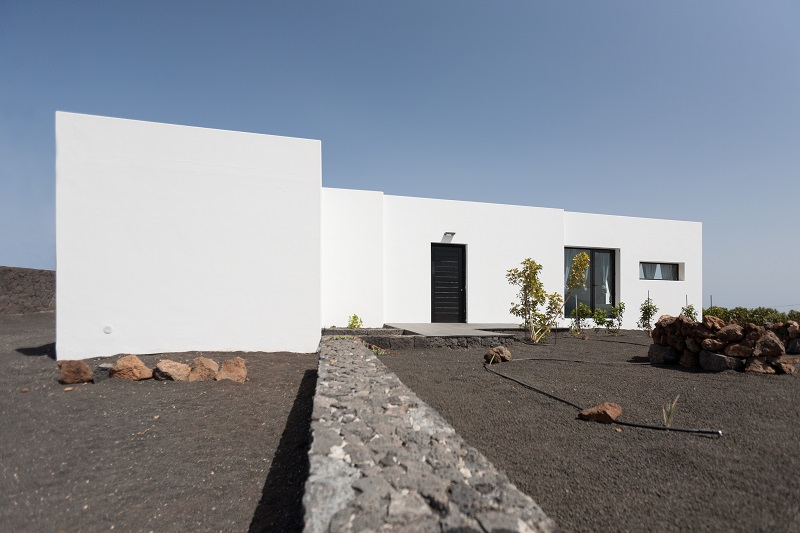 Modern 3 bedroom villa with breathtaking views for sale in Macher