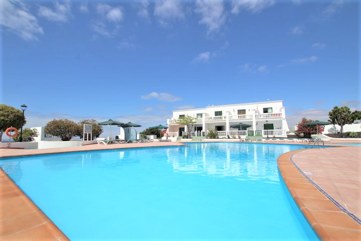 Top floor 1 bedroom apartment for sale in Puerto del Carmen