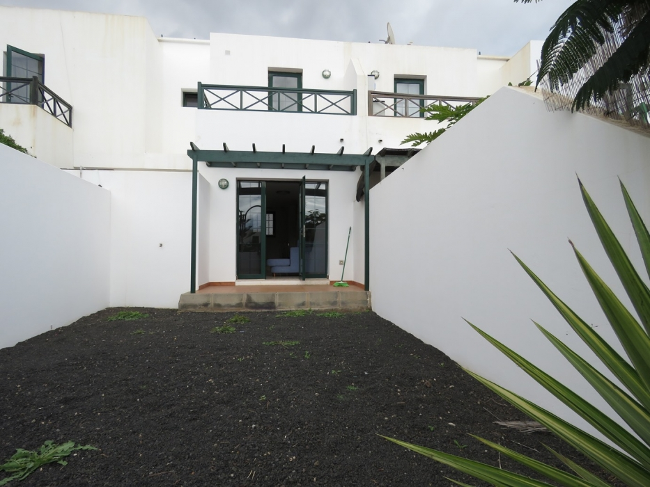 Lovely 2 bedroom duplex in a residential area of Costa Teguise