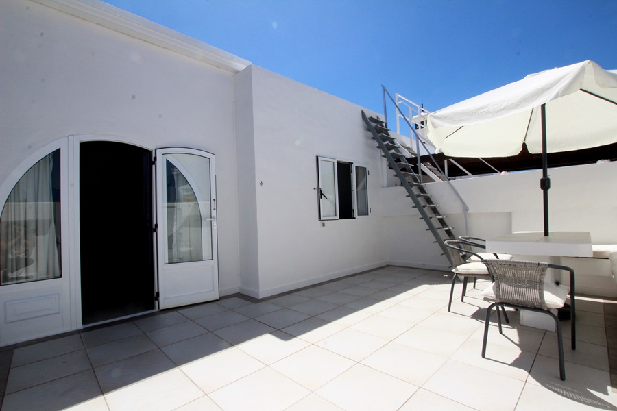 2 Bedroom house just moments from the beach in Puerto Del Carmen