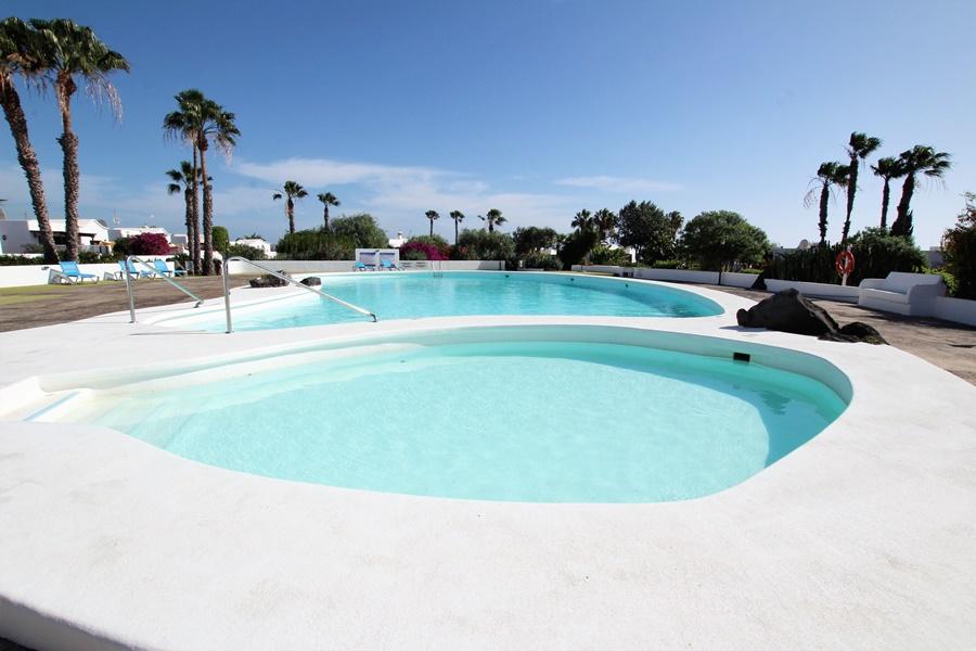 Spacious and attractive 2 bedroom villa in the quiet location of Las Villas, Puerto del Carmen