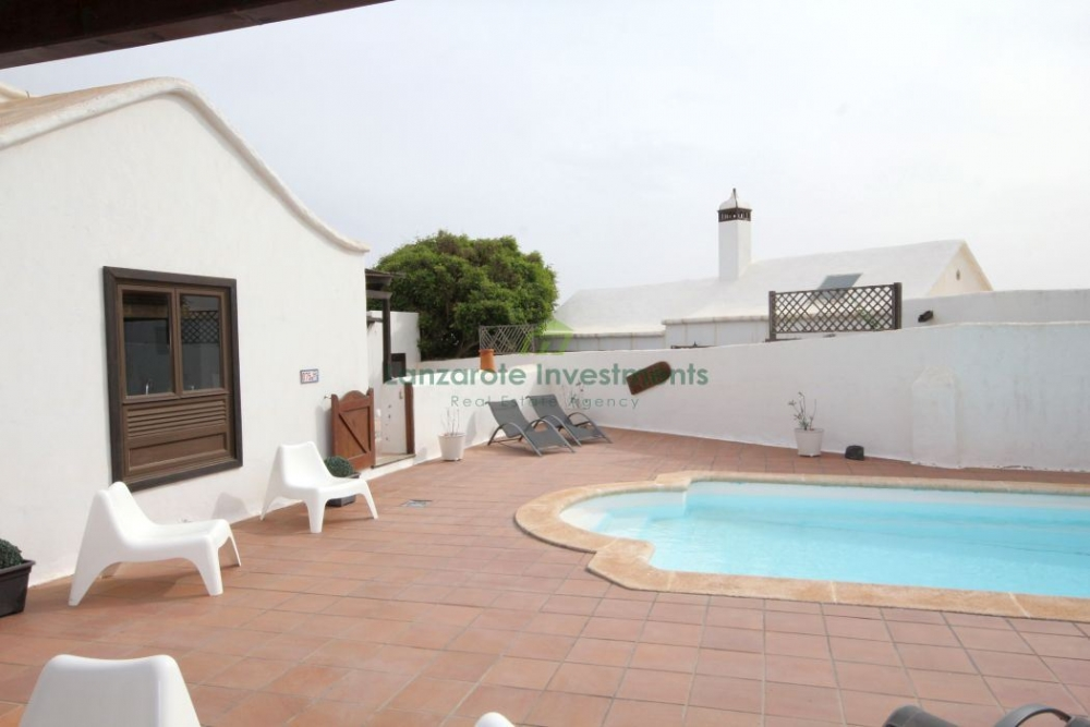 Stunning B&B Holiday Rental Property in Costa Teguise