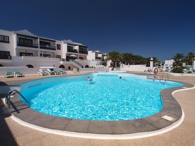 2 Bedroom upper floor apartment close to the beach in Puerto del Carmen