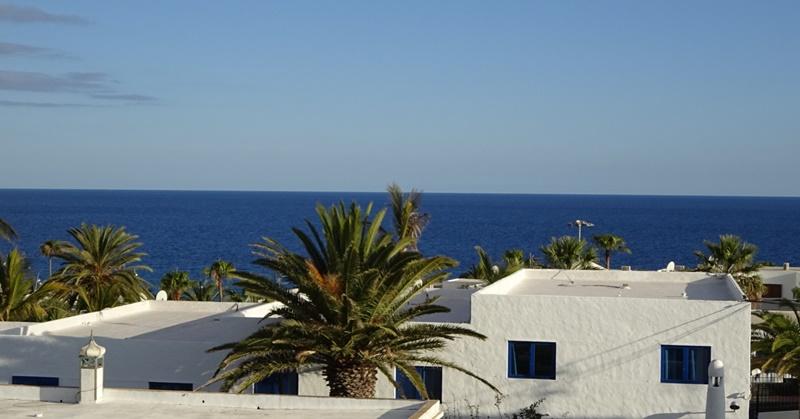 1 Bedroom 1 bathroom apartment with sensational sea views in Puerto del Carmen