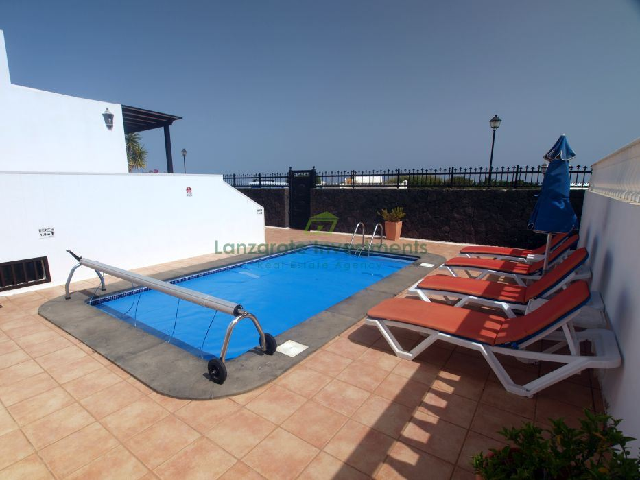 Villa with apartment and Pool in Los Mojones
