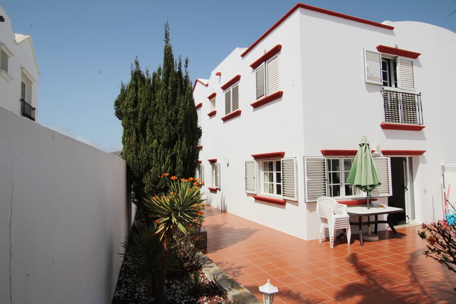 Lovely 4 bedroom semi detached property for sale in the heart of Tias