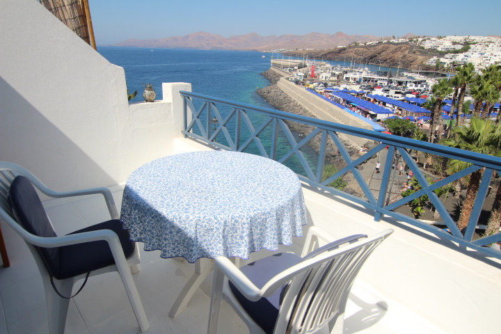Apartment with uninterrupted sea views for sale in the Old Town, Puerto del Carmen
