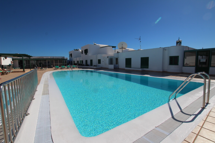 Top floor apartment with huge sun terrace in Puerto del Carmen
