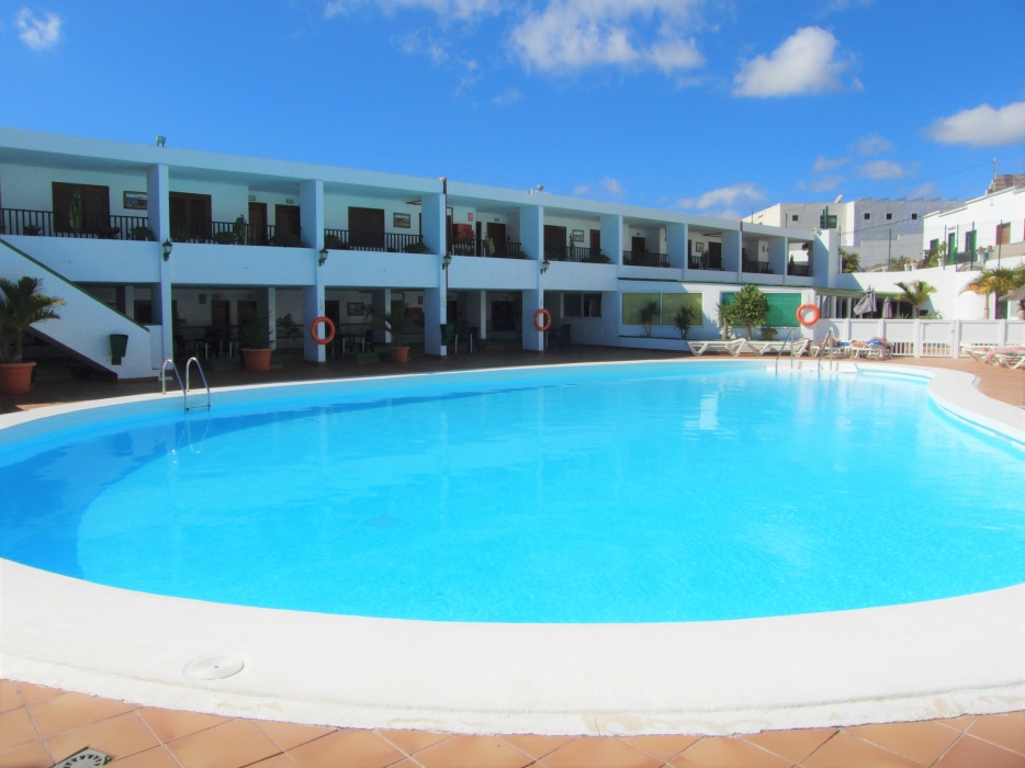 Fully refurbished apartment on a gated complex in Puerto Del Carmen