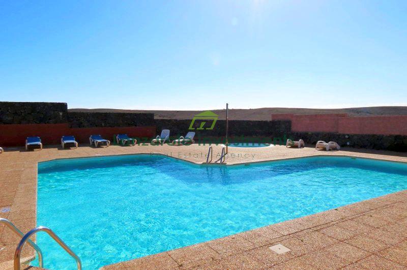 Stunning 3 bedroom Duplex with communal pool in Playa Blanca