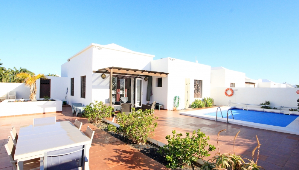 Beautiful 3 bedroom Villa with private pool in Costa Teguise