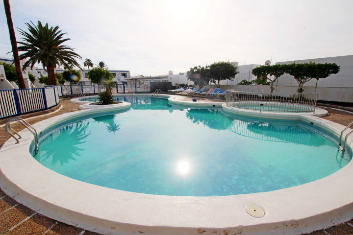Spacious 1 bedroom apartment on an immaculate complex in Puerto Del Carmen