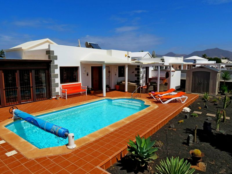 Fantastic 3/4  bed luxury  detached villa with private pool and al fresco dining area