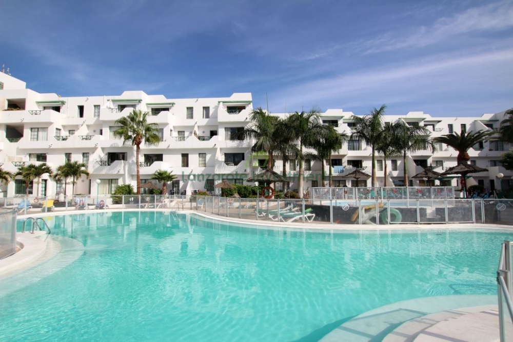 1 bedroom apartment in a secure complex in the heart of Puerto del Carmen